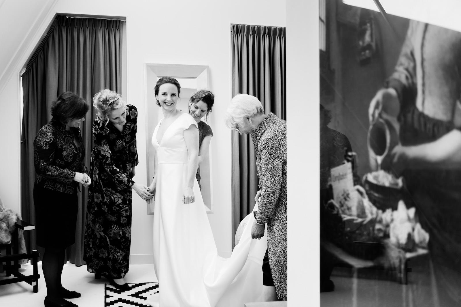 Bruidsfotograaf trouwfotografie huwelijksfotograaf trouwfoto bruidsfoto zalmiy paeez fotografie noordholland haarlem heemsteede