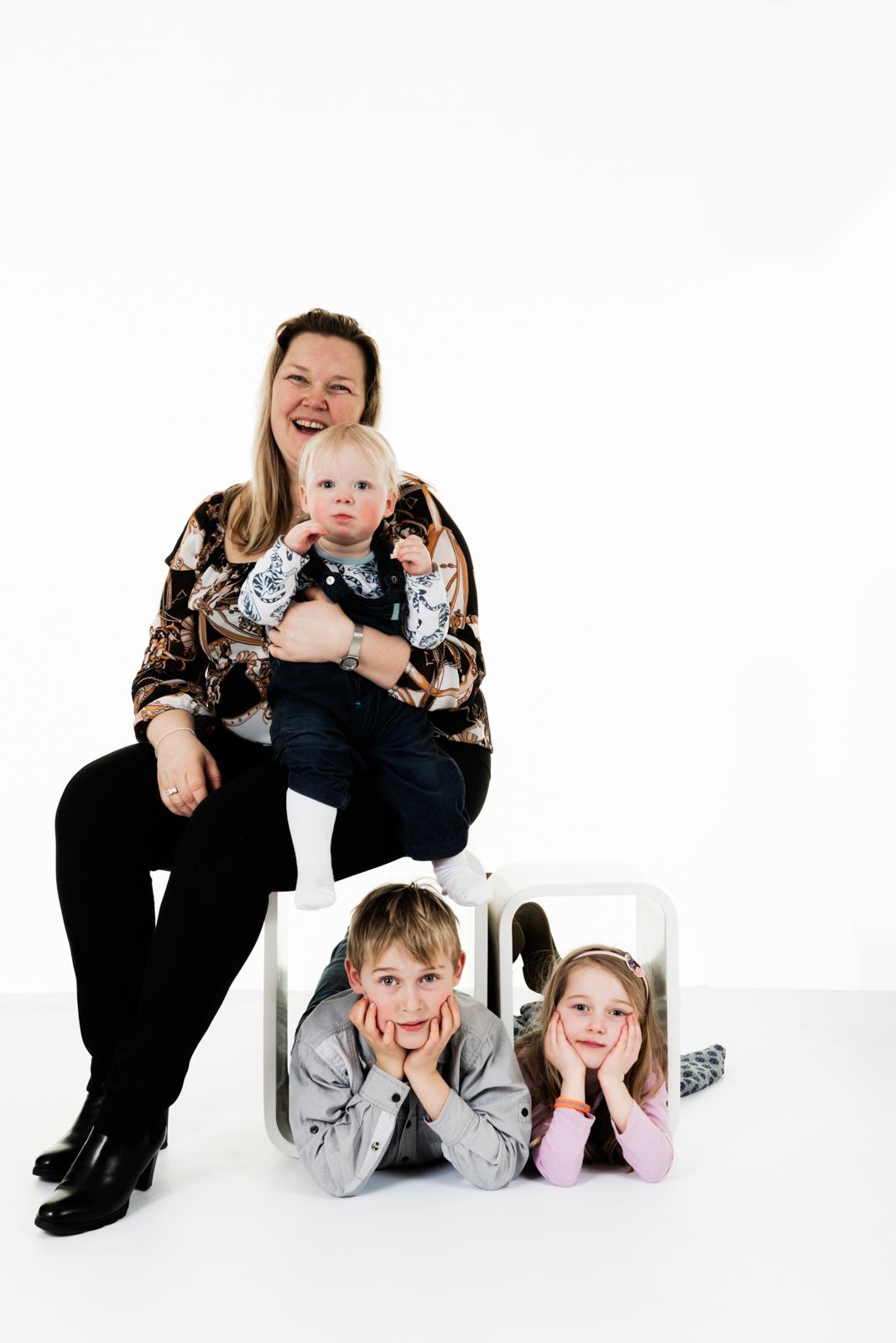 Gezin en familiefotograaf kinderen fotografie portretfotograaf zalmiy paeez fotografie noordholland haarlem heemstede fotograaf
