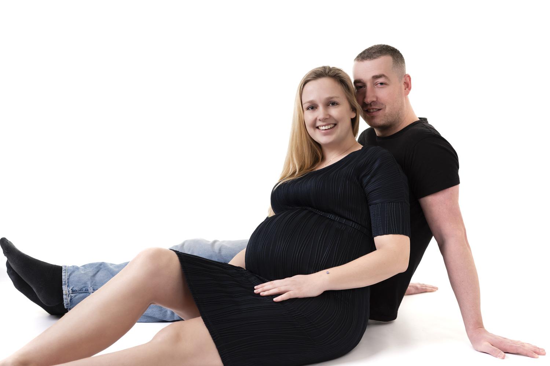 Zwangerschapsfotoshoot Zwangerschapsfotograaf Noord-Holland Heemstede Haarlem Pregnancy photo shoot Bollebuik zwangerschapsfotografie familiefotograaf zwangerschaapsshoot